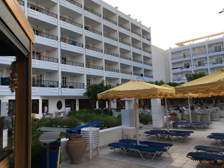 מלון גרנד הוטל